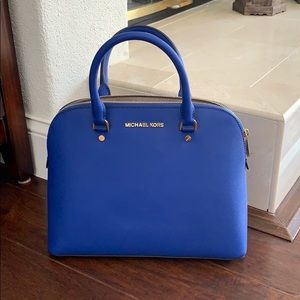 NWT Michael Kors Cindy large dome satchel leather